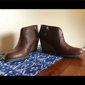 Dr. Scholls Shoes - Dr. Scholl's Ankle Boot, brand new, size 9